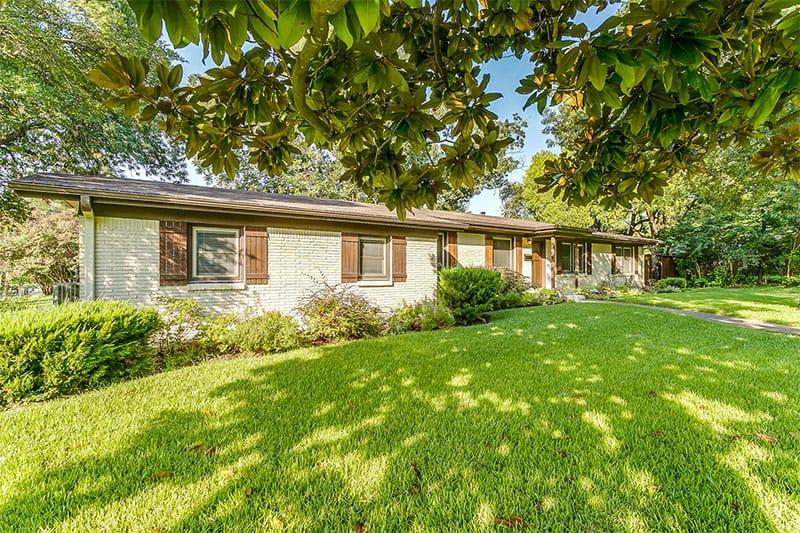 4132 Clayton Rd W. Fort Worth, Texas 76116