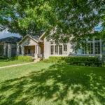 404 Virginia Pl Fort Worth TX-large-003-10-Virginia Place 3 of 59-1500x1000-72dpi