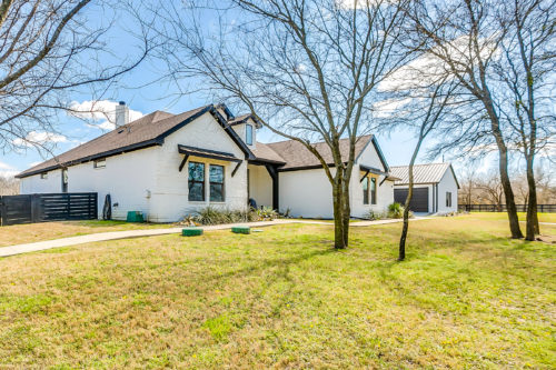 7712 County Rd 526, Mansfield, TX 76063