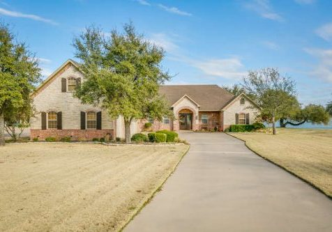 1905 Canaveral Ct Granbury TX-small-002-1-1905 Canaveral Ct 2 of 79-666x444-72dpi