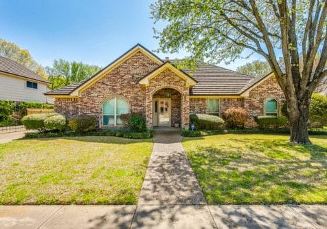 417 Evergreen Ct Hurst TX-large-002-43-Evergreen 2 of 50-1500x1000-72dpi